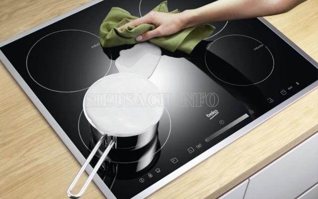 Mẹo làm sạch bếp cực nhanh 3
