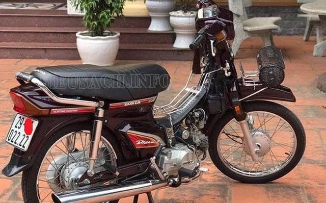 Giá xe cho một chiếc Dream Thái ngày càng tăng