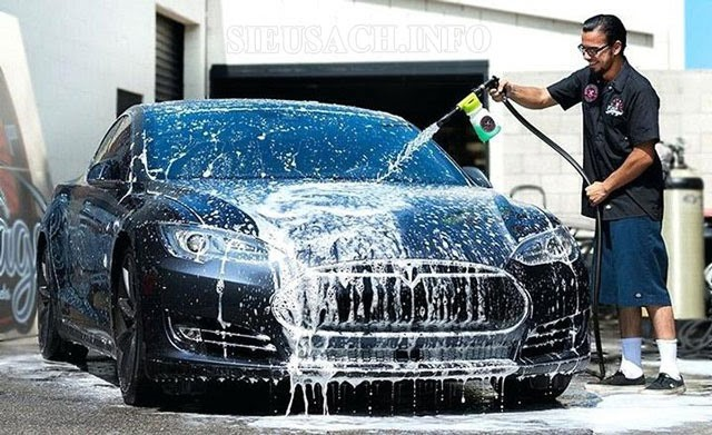 Máy rửa xe giúp công việc vệ sinh các phương tiện giao thông dễ dàng hơn