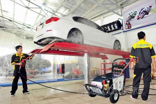 Máy xịt rửa xe Palada là sự lựa chọn số 1 cho mọi gara ô tô