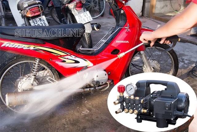 Projet P1600 có khả năng phun rửa vượt trội