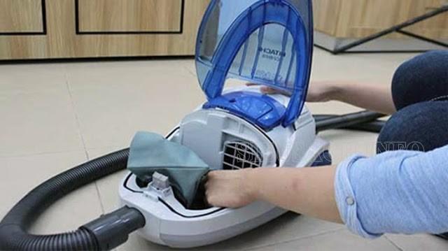 Tự vệ sinh hoặc thay thế túi đựng bụi của máy tại nhà