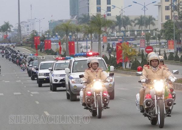 Toàn dân, toàn quân phải có văn hóa giao thông tốt