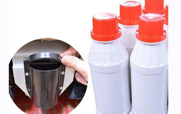Mở bình đựng xi thường xuyên sẽ làm xi bị khô