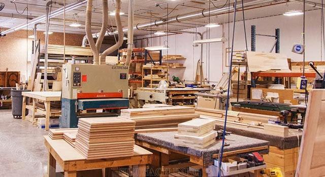 Vai trò của máy đánh nhám cầm tay trong công nghiệp sản xuất đồ gỗ hiện nay