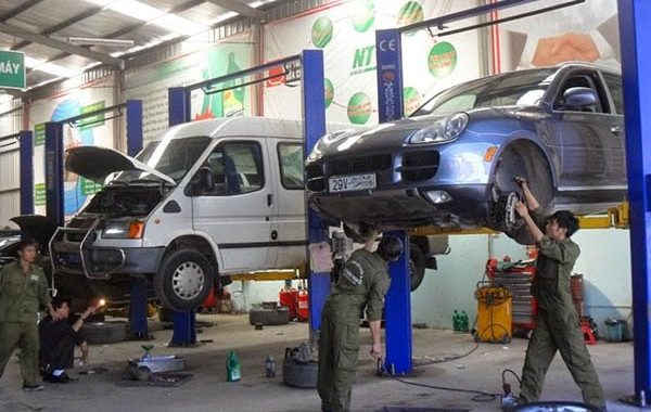 Thi công, lắp đặt cầu nâng ô tô 2 trụ đúng kỹ thuật sẽ giúp thiết bị hoạt động ổn định, mang lại hiệu quả công việc tối ưu